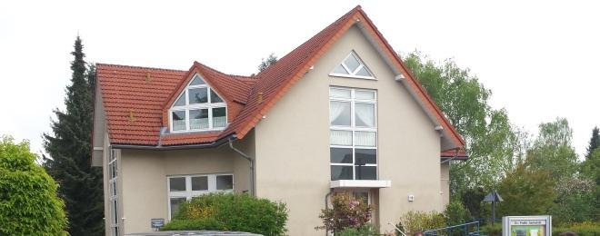 Gemeindehaus-S.jpg